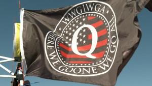 FBI: Los seguidores de QAnon podrían radicalizarse