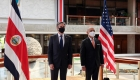 Costa Rica, ejemplo de democracia funcional, dice candidato