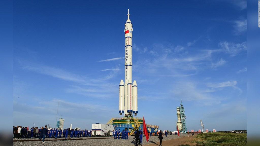 Astronautas chinos conectan wifi en el espacio