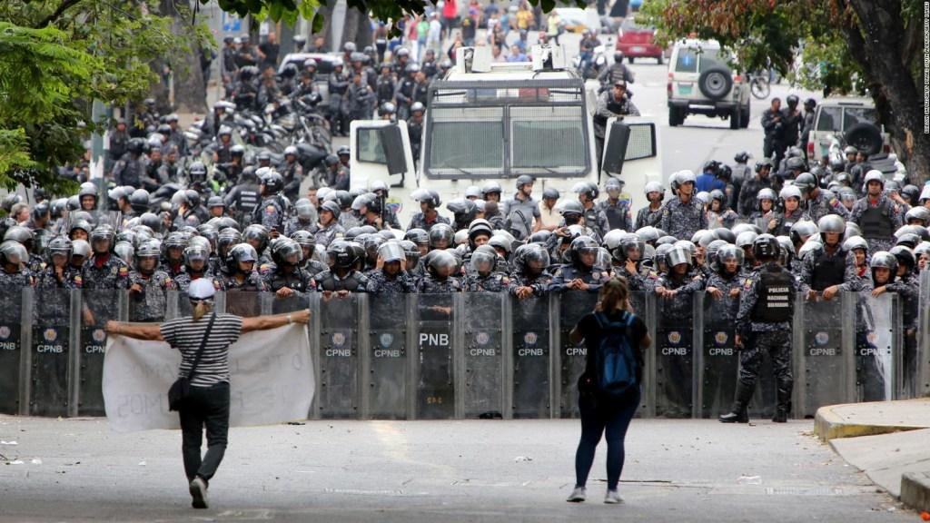 Extremos y falta de diálogo, amenazas a la democracia
