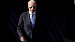 Biden regala unas gafas de sol a Putin
