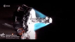 Así se desintegraría un satélite al entrar a la Tierra