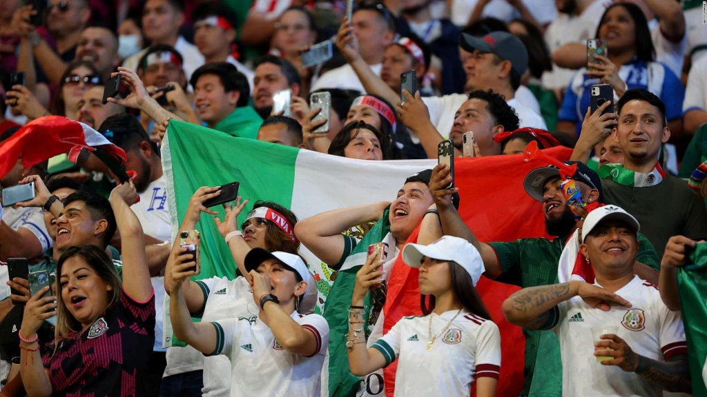Recibe castigo de la FIFA el canto homofóbico de México