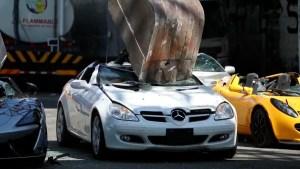 Impactantes imágenes de autos destruidos en Filipinas