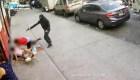 Hombre sobrevive después de que le dispararan junto a niños