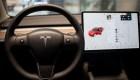 Retiran del mercado 285.000 autos de Tesla en China