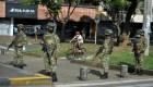 Algunos protestan en contra del paro en Colombia
