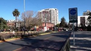 Decretan cuarentena total en área metropolitana de Chile