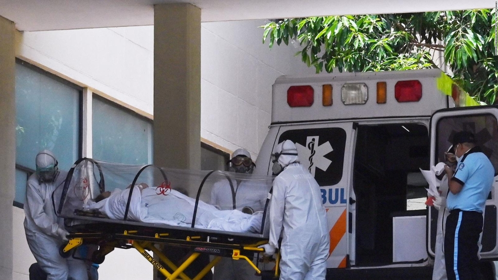 Ciudad de México eleva alerta por contagios de covid-19