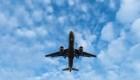 Analistas recomiendan comprar acciones de aerolíneas