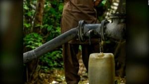 Roban agua en California en medio de la sequía