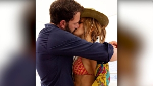 Jennifer Lopez y Ben Affleck, juntos de manera oficial