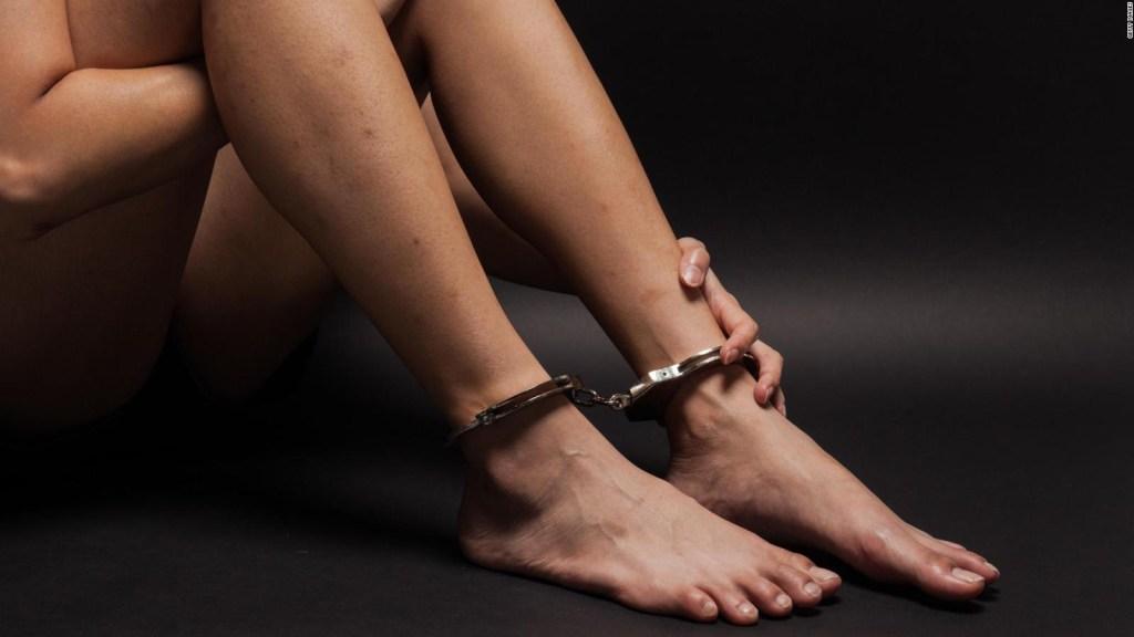 """""""Por miedo"""" no huía, dice víctima de trata de personas"""