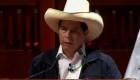 Pedro Castillo recibe credenciales como presidente electo
