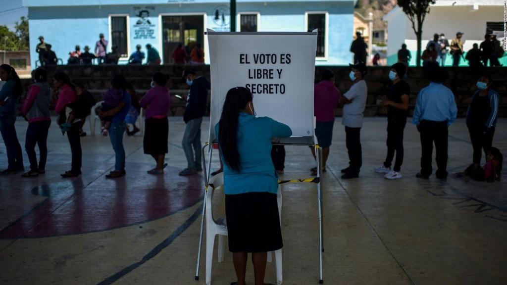 México: primeros resultados de consulta de pasado político