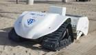 Mira cómo estos robots ayudan a limpiar las playas