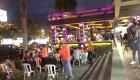 Vacunan de noche afuera de bares en República Dominicana