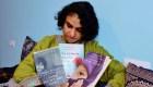 Activista afgana relata la despedida de su madre