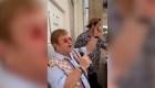 Elton John sorprende en una playa de Cannes