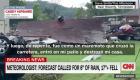 Una casa se derrumba mientras una familia estaba adentro