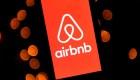 Airbnb anuncia ayuda para refugiados afganos