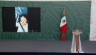 Manifestantes en Chiapas bloquean la camioneta de AMLO