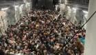 La reacción del controlador aéreo por el avión con refugiados