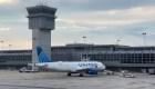 United Airlines exige que todos sus empleados se vacunen contra el covid-19, o podrían perder su trabajo