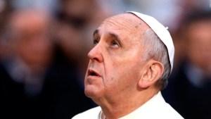 El papa defiende las vacunas contra el covid-19