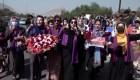 Valientes mujeres protestan en calles de Afganistán