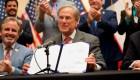 Gobernador de Texas firma ley que dificulta la votación