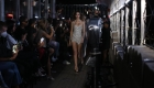 LaQuan Smith realiza desfile de moda en el Empire State