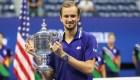 Medvedev frena el paso histórico de Djokovic