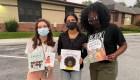 ¿Por qué esta escuela prohibió libros sobre el racismo?