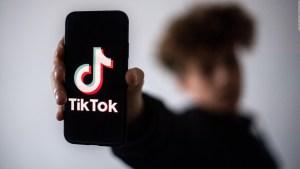 Reto de TikTok causa alarma en escuelas por robo