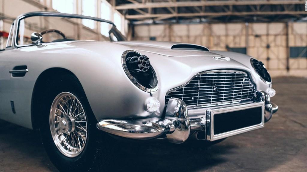 Aston Martin lanza el auto de James Bond para niños