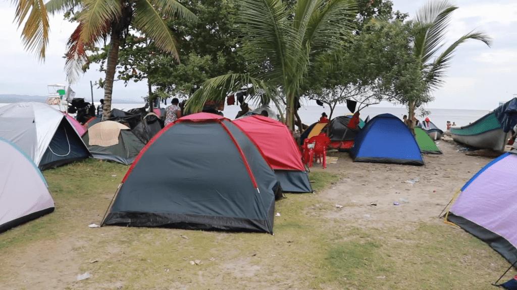 19.000 migrantes en Necoclí buscan cruzar a Panamá