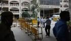 Matan a tiros a un gángster en tribunal de Nueva Delhi