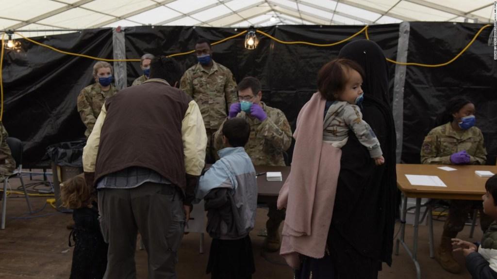 Más de 10.000 refugiados afganos buscan salir de Alemania