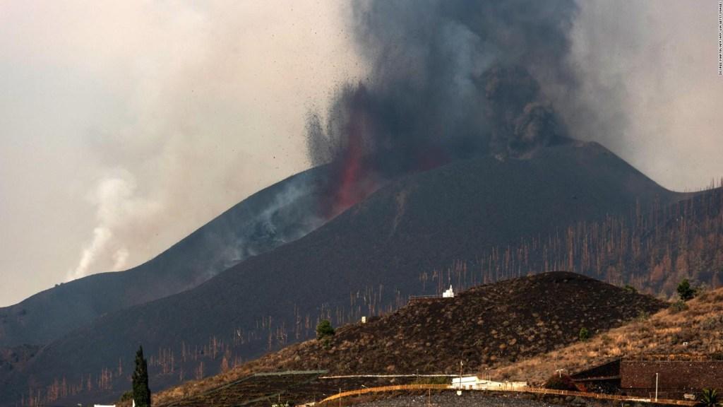 Preocupa avance de la lava del Cumbre Vieja hacia el mar