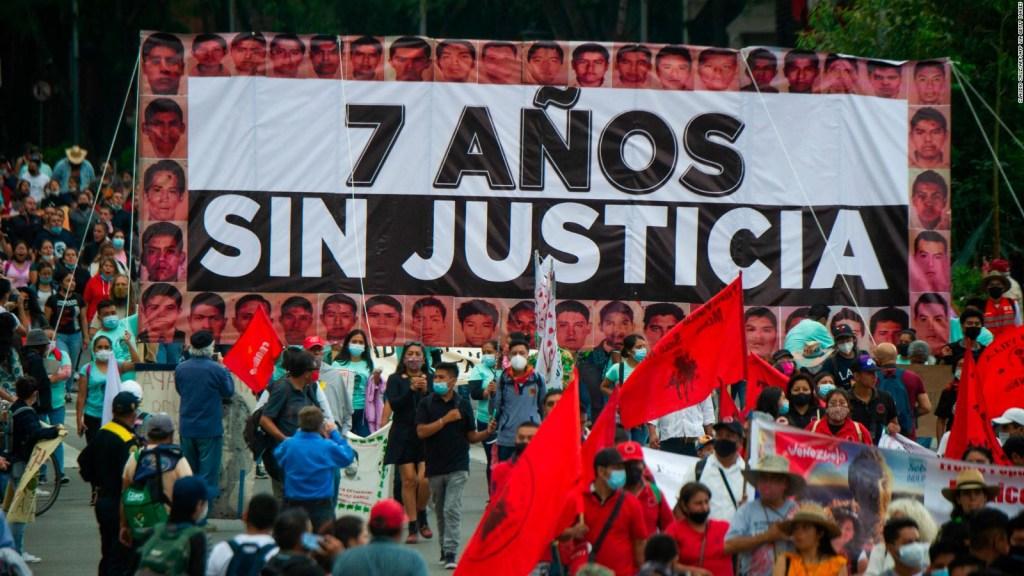 Caso Ayotzinapa: ¿qué piden padres de los 43 normalistas?