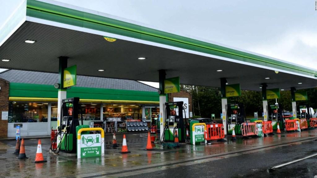 5 cosas: se agudiza crisis de combustible en Reino Unido