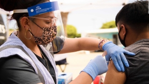 Dr. Huerta: Pediatras, clave ante temor de vacunar a niños