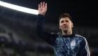 Mira el gesto de Messi con los aficionados