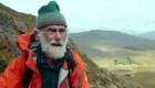Tener 81 años no le impide escalar montañas