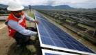 Senador explica impacto de reforma eléctrica en México