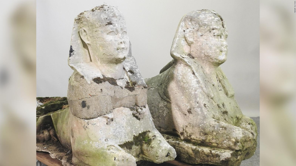 Estatuas de jardín resultan ser reliquias del antiguo Egipto