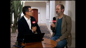 """Juan Villoro presenta """"La tierra de la gran promesa"""""""