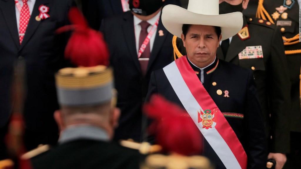 """Líder político advierte que Perú podría entrar en un """"círculo leproso"""""""