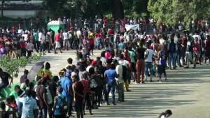 Migrantes alistan nueva caravana desde México